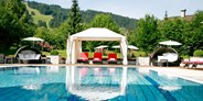 Luxusurlaub - Bar: Poolbar - Hotel Gut Weissenhof ****S