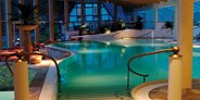 Luxusurlaub - Bar: Poolbar - Romantik- & Wellnesshotel Deimann