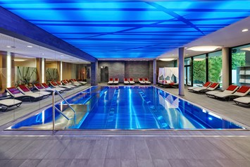 Luxushotel: Indoor Pool im Spa am See - Ritzenhof - Hotel und Spa am See