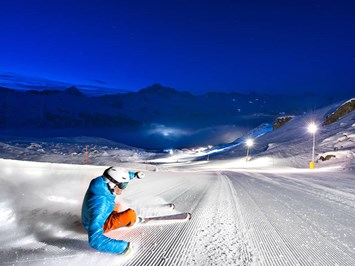 Kulm Hotel St. Moritz Ausflugsziele Winter - Corvatsch Snow Night